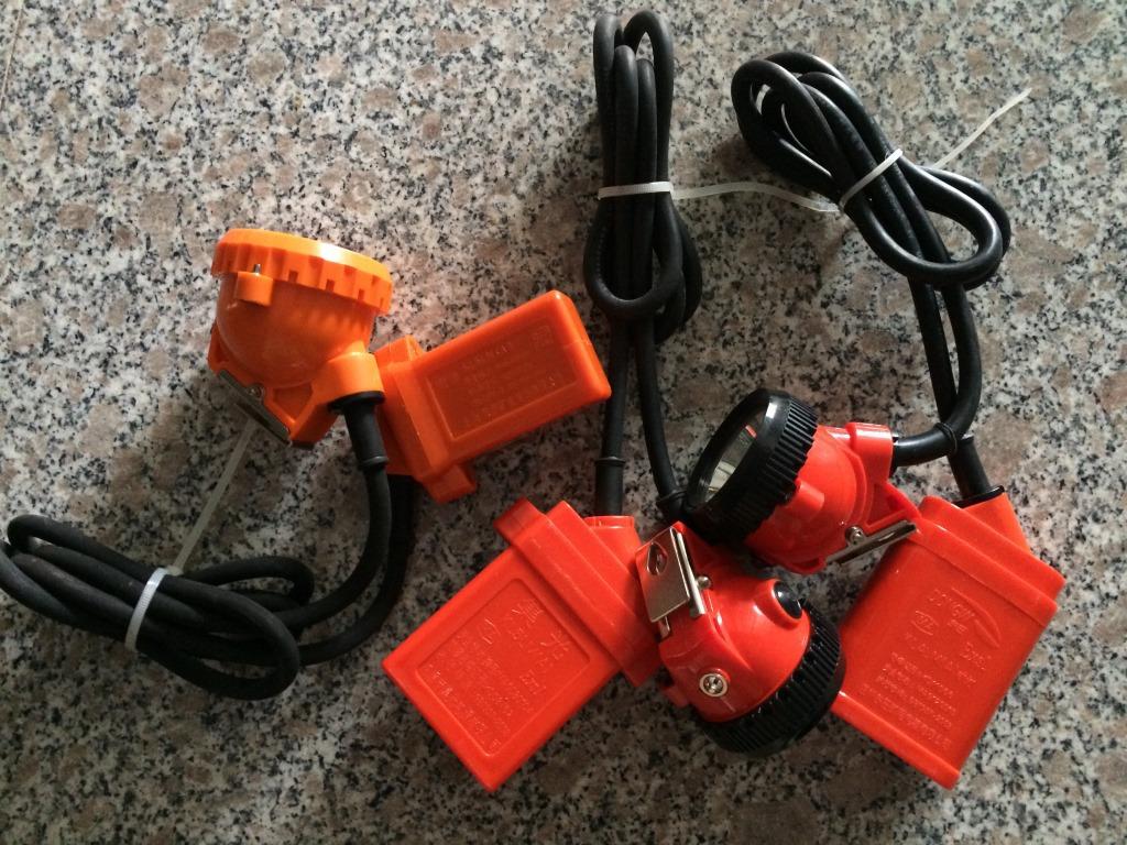 光灯8本安接线盒9高压电缆接线箱10电线接线盒11接线盒12隔离换向开关